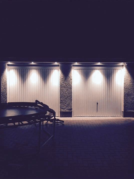 garage exterior lighting